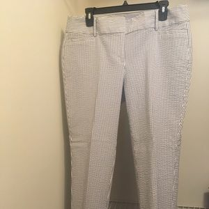 **NEW* Ann Taylor Loft Seersucker Ankle Crop Pants